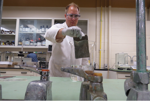 Canadian Scientists Create Sustainable Coating System for Metals
